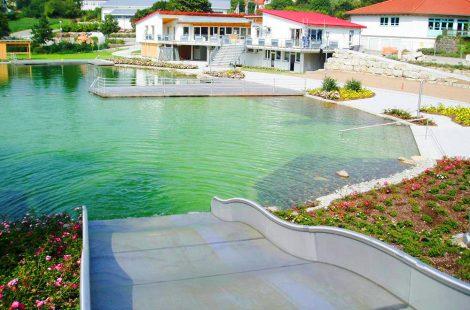Schwimmteich Wallhausen